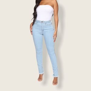 NWT Fashion Nova Zip-Up Skinny Jeans
